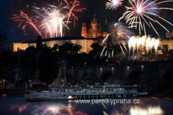 Silvestr v Praze 2014 na parníku!